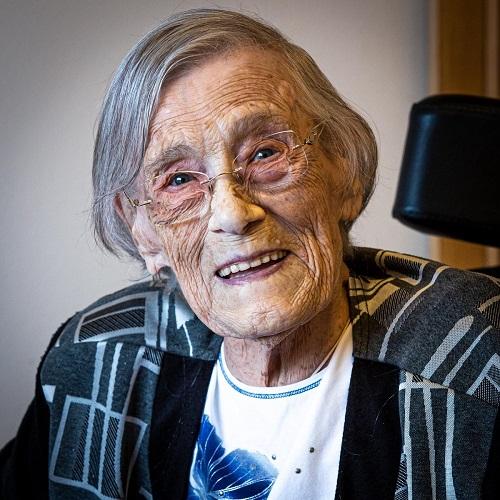 Stuur Rotterdamse 100-jarige een kaartje voor haar verjaardag